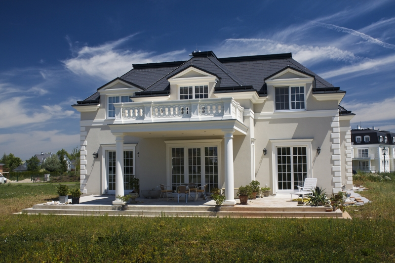 Vordach bauen edelstahl vordach systeme zum selber for Beton haus bauen