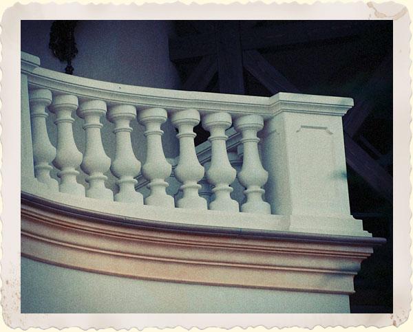 einfriedungen und pfeiler aus beton f r den perfekten auftritt. Black Bedroom Furniture Sets. Home Design Ideas